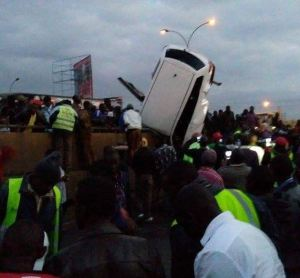 strange-accident-along-thika-super-highway-leaves-onlookers-shocked-1