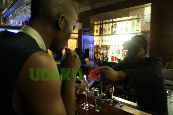sinqobile-ngwenya-kissing-achola-fiona-ngobi-3