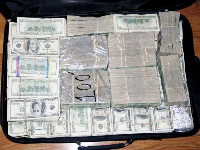 Fake Usd 7 Million In 100 Dollar Bills Found Kikuyu Kenya