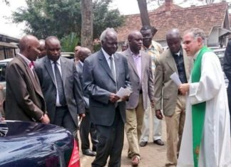 Former President Mwai Kibaki attends Sunday service after undergoing operation