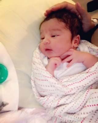 Rob Kardashian and Blac Chyna's baby is so cute