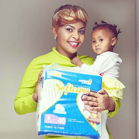 size-8-and-dj-mo-baby-ladasha-belle-pic