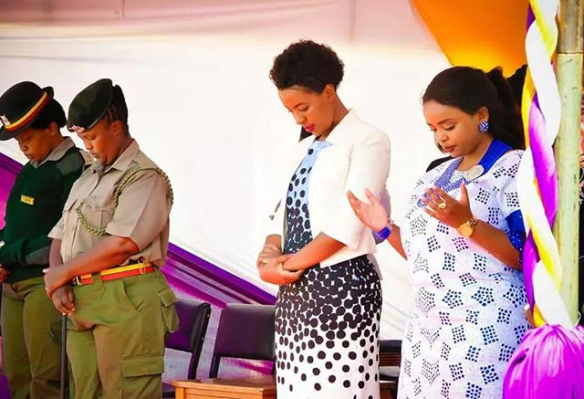Governor Mutua's wife Lilian Ng'ang'a stuns Again during Christmas