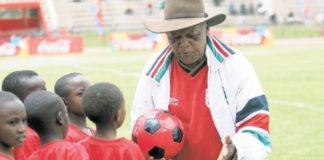 President Uhuru Kenyatta has offered to visit the dying soccer legend, Joe Kadenge