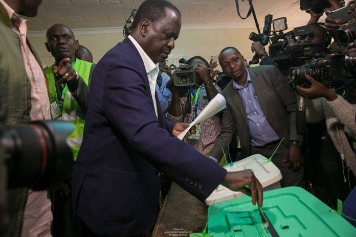 Hon. Raila Odinga Casting his vote in Kibara Kenya Elections 2017