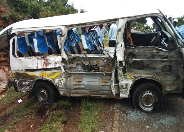 6 dead, scores injured in horrific accident along Mombasa - Nairobi Highway (See PHOTOs)